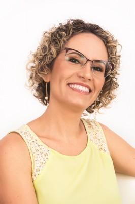 Ana Andrea Maux